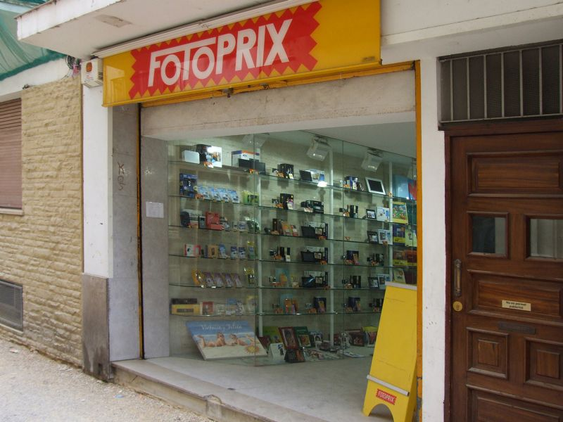 Fotoprix tiendas barcelona horarios 14